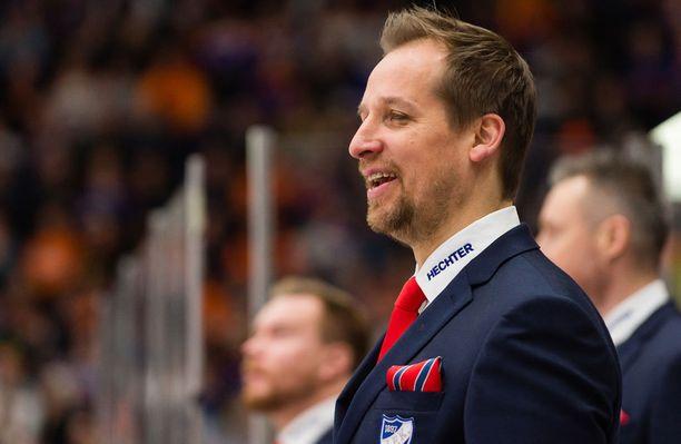 Antti Törmänen sai pestin Sveitsiin.