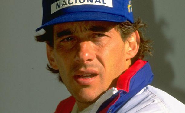 Ayrton Sennan legenda elää.