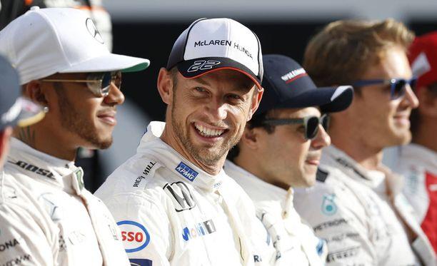 Jenson Button palaa formuloihin yhden kisan ajaksi.
