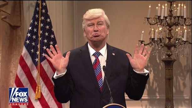 Alec Baldwin on jo pidempään imitoinut SNL-ohjelmassa presidentti Trumpia.