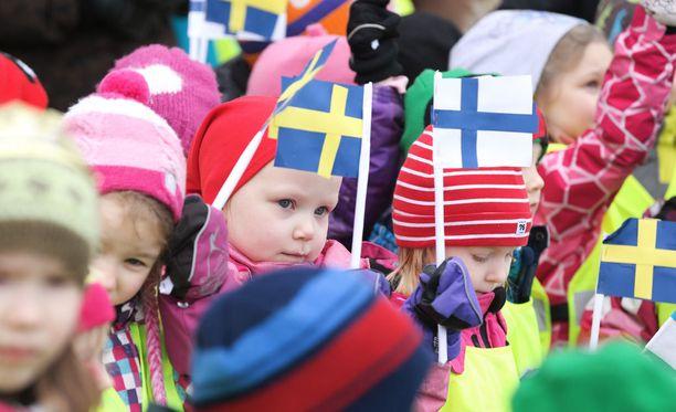 Joka kolmas kyselyyn vastanneista haluaa oppia lisää Suomesta.