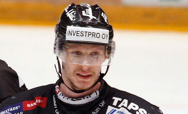 Mika Pyörälä oli iskussa Vienna Capitalsia vastaan.