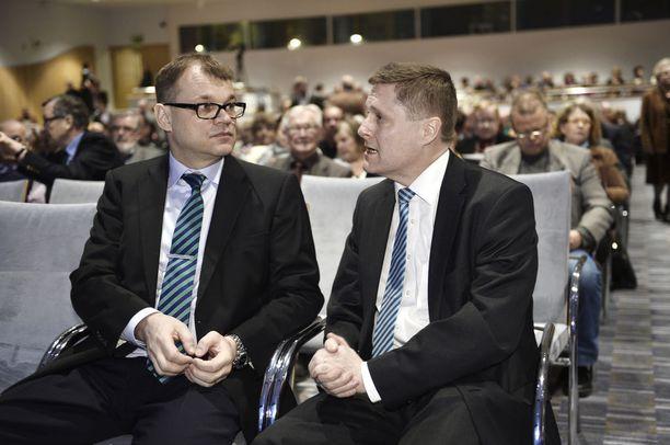 Vero 2014 -tapahtumassa puhui keskustan puheenjohtaja Juha Sipilä, isäntänä toimi Veronmaksajain Keskusliiton toimitusjohtaja Teemu Lehtinen.