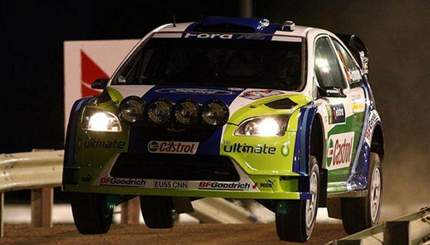 Marcus Grönholmin Ford on valmiina kiitämään voittoon.