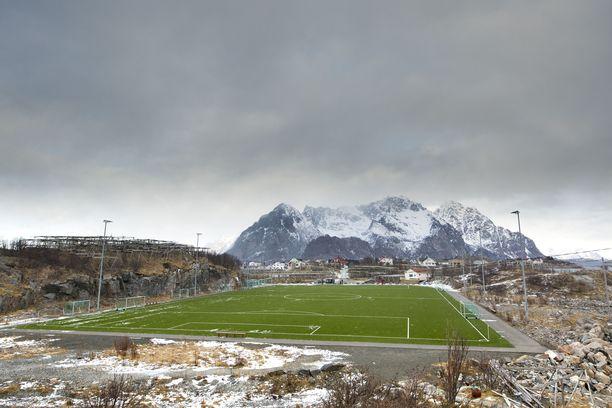 Keski-Norjassa on mitattu +20 astetta tammikuun alussa, mikä johtuu Föhn-ilmiöstä. Kuvituskuva Norjan vuonoalueelta.