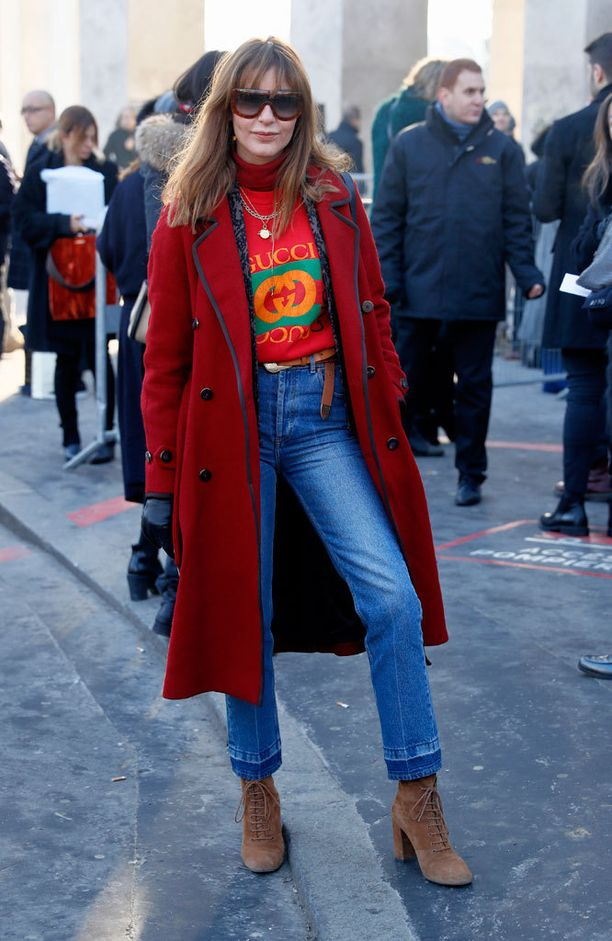 Stylisti Ece Sukanin muotiviikkoasu on ihana 70-lukulainen.