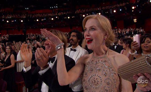 Nicole Kidmanin erikoinen taputustyyli herätti ihmetystä.
