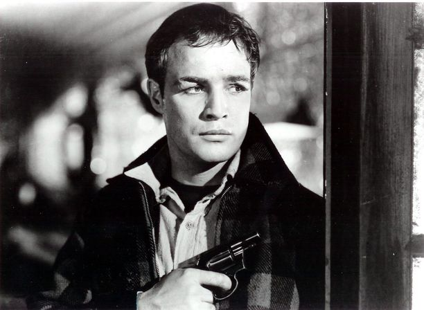 Valkokangaslegenda Marlon Brando voitti urallaan kaksi Oscar-palkintoa.