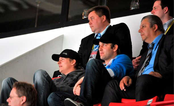 Räikkönen seurasi joukkueensa edesottamuksia vuonna 2009.