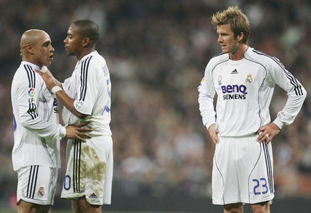 Roberto Carlos (vas.) ja Robinho juonivat vaparia Getafe-ottelussa sunnuntaina, David Beckham tarkkaili.