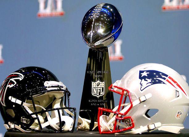 Atlanta Falcons ja New England Patriots kisaavat himoitusta Vince Lombardi -pokaalista.