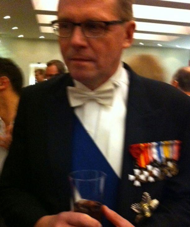 Sinkkuna juhlinut Matti Vanhanen ei ottanut jatkoilla kantaa kysymykseen presidenttisuosikistaan.