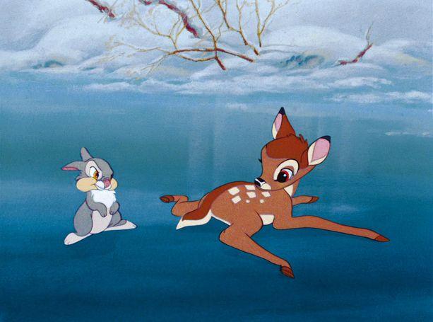 Bambi-elokuva perustuu 1920-luvulla ilmestyneeseen romaaniin, jossa käsitellään metsäkauris Bambin suhdetta luontoon ja elämää uhkaaviin metsästäjin. Elokuvassa Bambin äiti kuolee salametsästäjän luotiin.