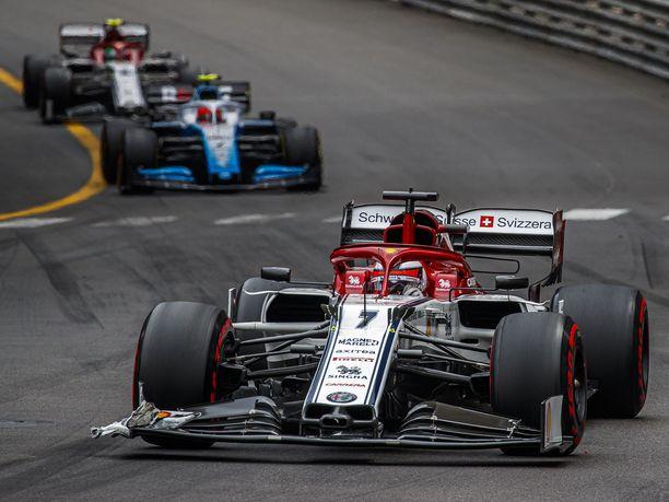 17:nneksi sijoittunut Kimi Räikkönen ei erityisemmin nauttinut uransa 300. GP-viikonlopusta.