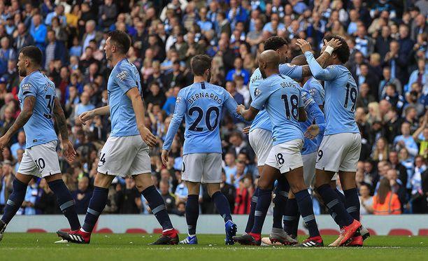 Manchester City juhli Etihadilla Fulhamin kustannuksella.