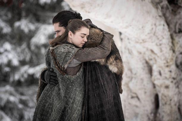 Arya Starkin ja Jon Nietoksen ensikohtaaminen vuosien jälkeen.