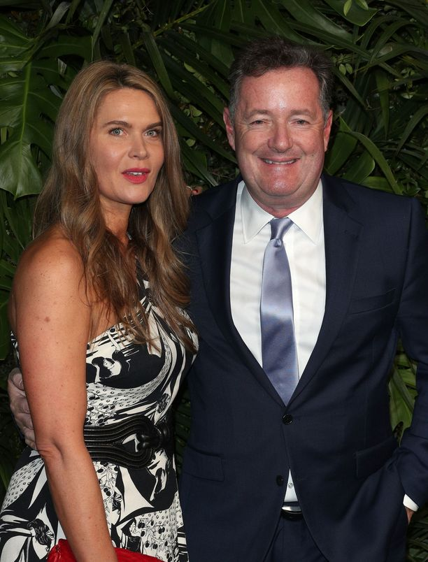 Piers Morgan ja vaimo Celia Walden ryöstettiin lomamatkan päätteeksi.