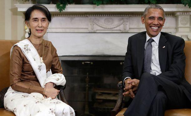 Obama tapasi keskiviikkona Myanmarin demokratian ikonin, rauhannobelistin Aung San Suu Kyin Washingtonissa.