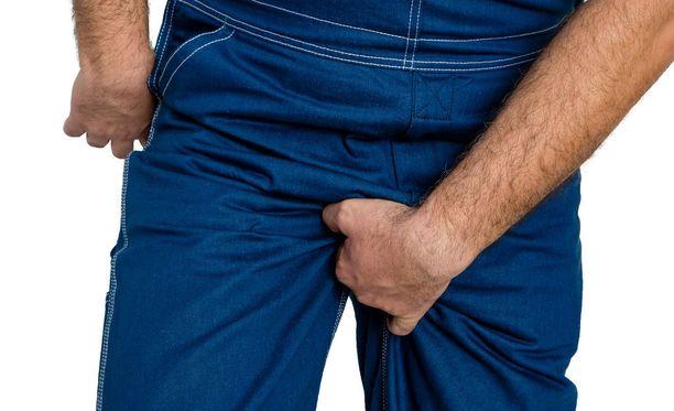 Kupan ensioire on usein haava genitaalialueella.