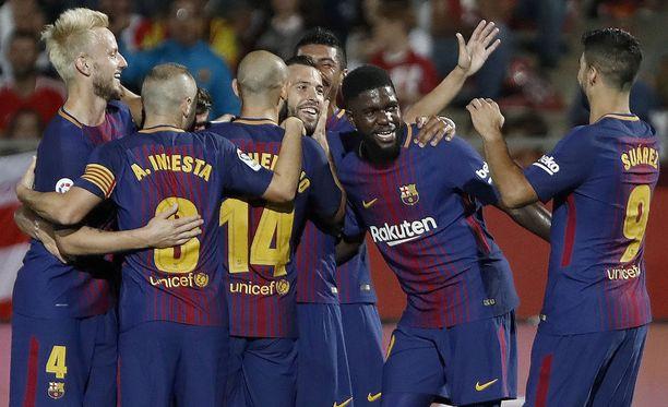 FC Barcelona kasvatti liigajohtonsa neljään pisteeseen.