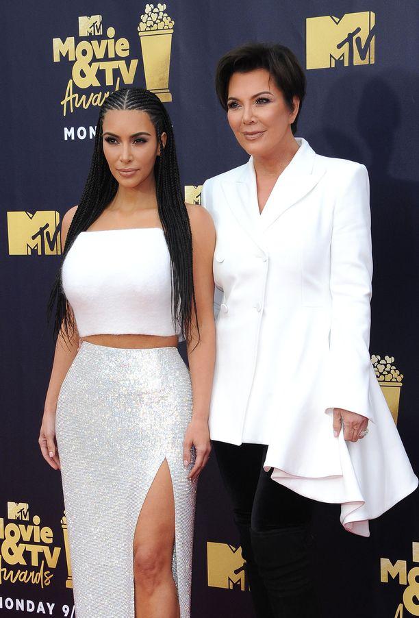 Kris Jenner on kommentoinut tyttärensä eroa.