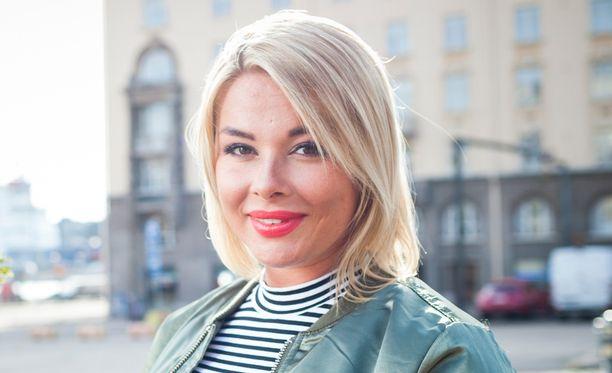 Elina Tervo ehti olla kaukosuhteessa vuoden verran.