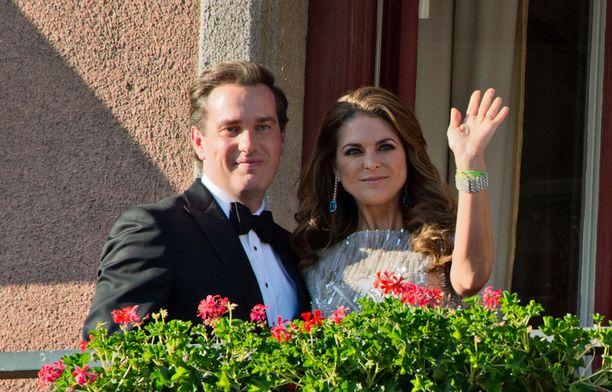 Chris O'Neill ja Madeleinen antoivat ensimmäisen ison yhteisen haastattelunsa.