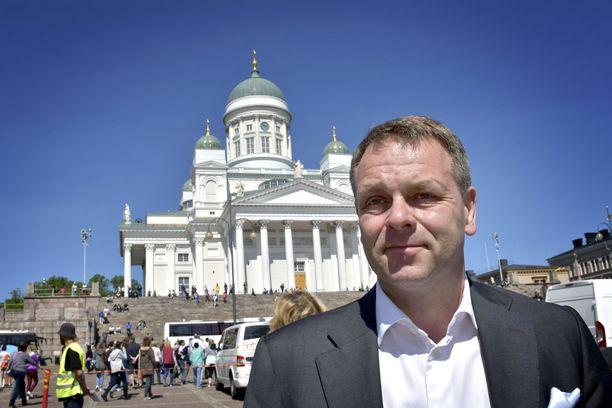 Helsingin pormestari Jan Vapaavuori on ilmoittanut tulevansa Turkuun hämmentämään sotesoppaa.