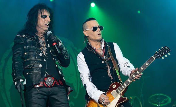Alice Cooper ja Johnny Depp eivät vakuuttaneet Ruotsissa.