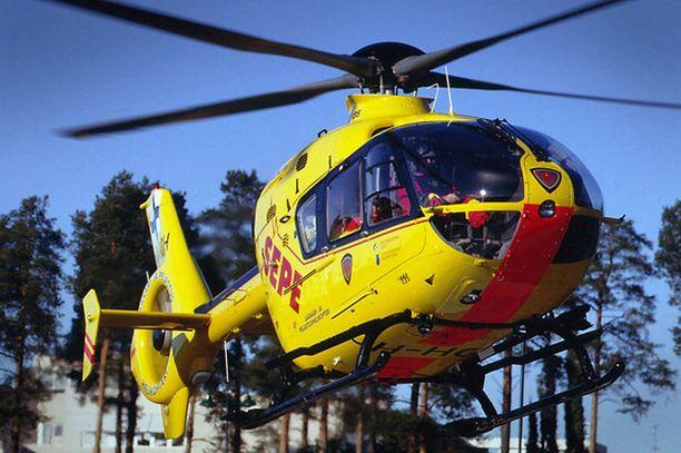 Pelastushelikopteri Sepen tukiyhdistykseltä nostettiin kymmenien tuhansien palkkaennakot.