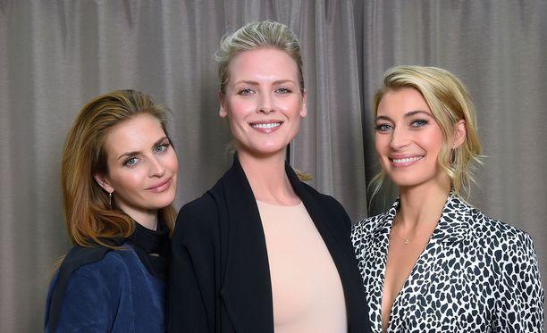 Ruotsin Musta lesket -sarjan toinen tuotantokausi alkaa. Sarjassa näyttelevät Synnøve Macody Lund, Beate Bille ja Cecilia Forss.