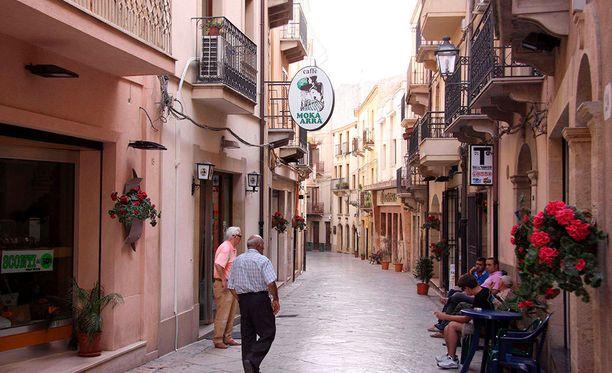 Kokeiluun pääsevien kuntien pitää täyttää ennakkoehdot. Kuvassa Salemin kaupunki Sisiliassa.