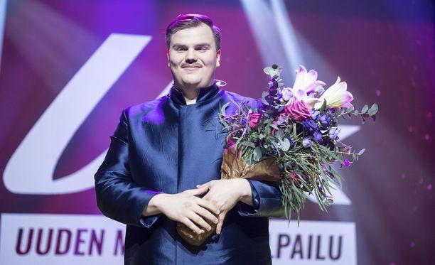 Aksel Kankaanranta juhli UMK-voittoa Tampereella maaliskuun alussa.
