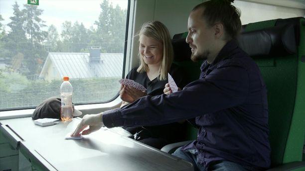 Katja ja Olli ystävystyivät avioliittonsa aikana.