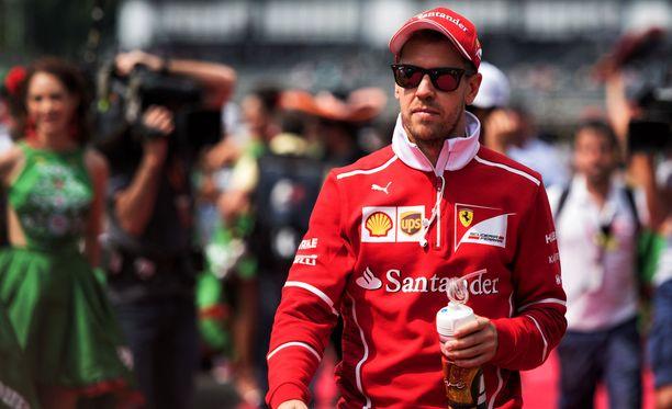 Sebastian Vettel lämpeni Felipe Massalle.