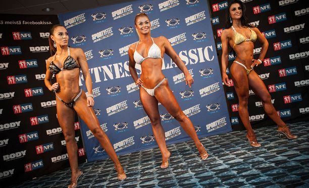 Sofia Ruusila, Elina Tervo (kesk.) ja Jaana Malytcheva kisaavat sunnuntaina bikini fitnessissä Kulttuuritalolla Helsingissä.