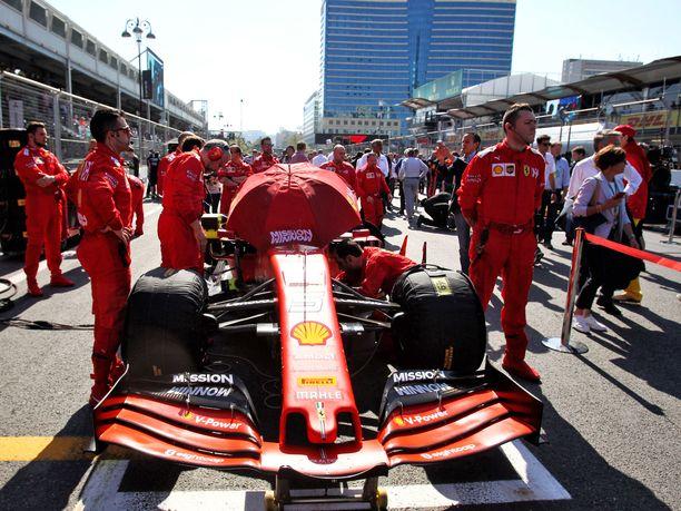 Espanjassa nähdään viikonloppuna uudistettu Ferrari SF90 -auto.