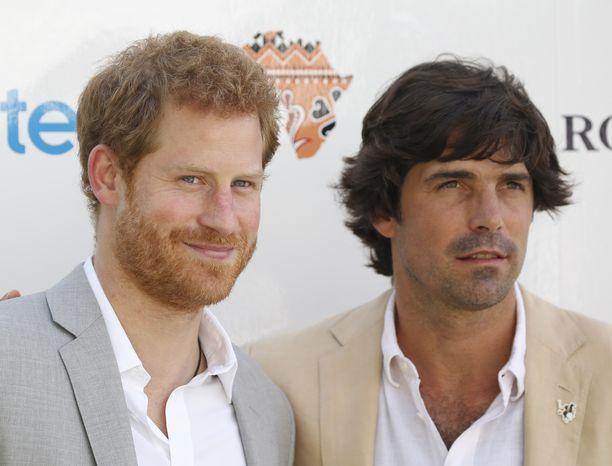 Nacho Figueras on Harryn hyvä ja pitkäaikainen ystävä poolopiireistä.