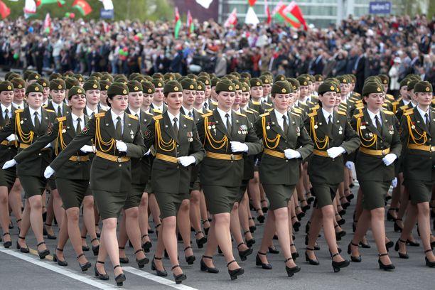 Minskissa juhlittiin toisen maailmansodan päättymisen 75-vuotispäivää.