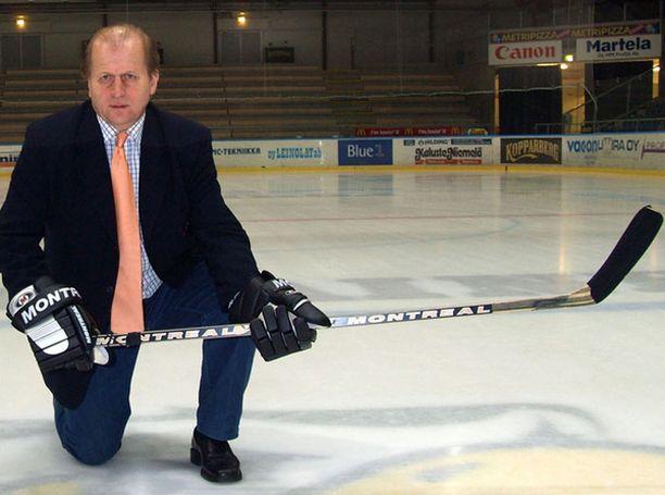 Juhani Tamminen sai Vaasassa edellisen pestinsä aikaan kiekkobuumin.