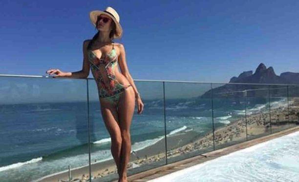 Alessandra Ambrosion muotikuvauksissa nähtiin hieman enemmän mitä oli alunperin tarkoitus.