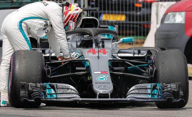Hamiltonin aika-ajojen pettymyksen käsittely ei liiemmin miellyttänyt Villeneuvea...