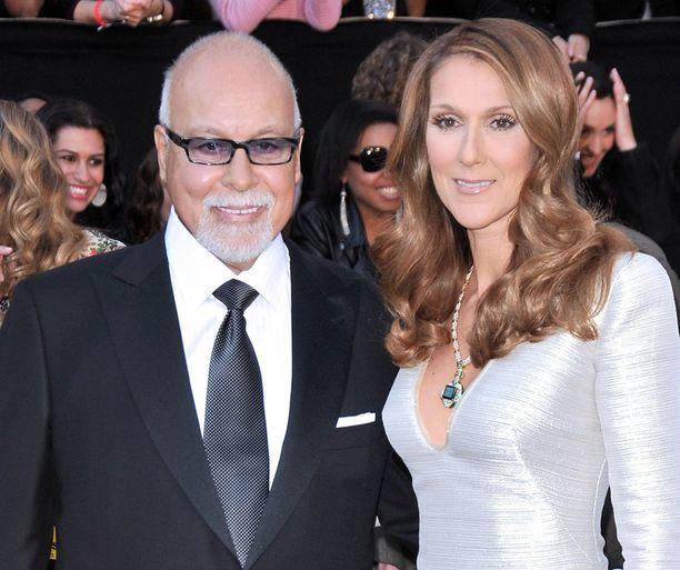 Laulaja Céline Dionin aviomies René Angélil kuoli torstaina perheen kotona Las Vegasissa.