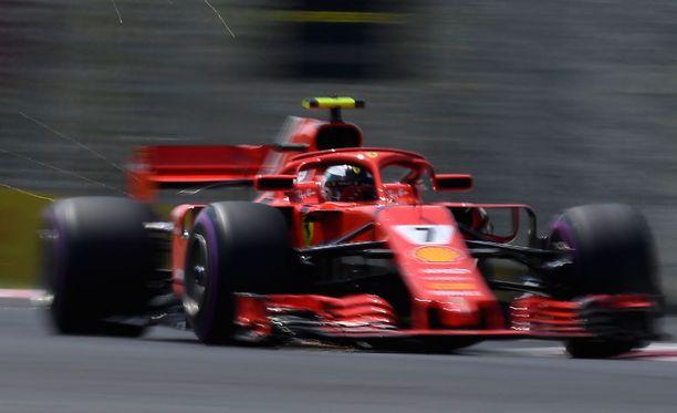 Kimi Räikkönen kellotti keskiviikkoaamuna pohja-ajan Hungaroringin testeissä.