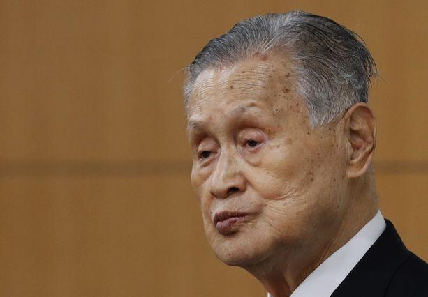 Yoshiro Mori sai lopulta lähteä möläytystensä takia.