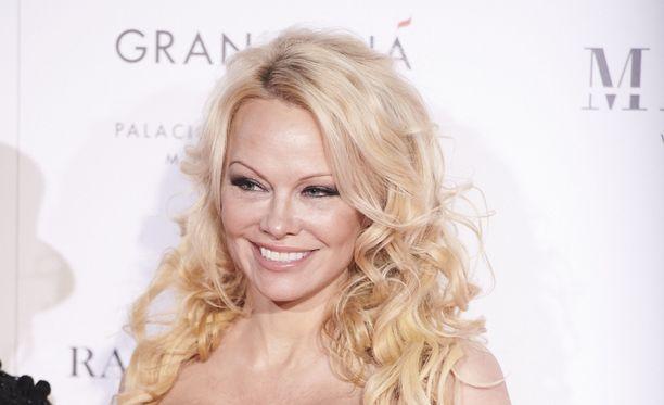 Pamela Anderson on ollut jo kolmasti aviossa.