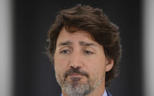 Kanadan pääministeri Trudeau pyysi anteeksi sopimusta, jolla hänen perheensä tienasi lähes 200 000 euroa