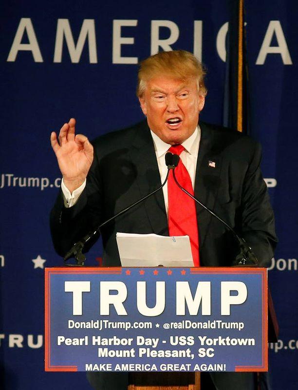 Donald Trump haluaa evätä muslimeilta pääsyn Yhdysvaltoihin.