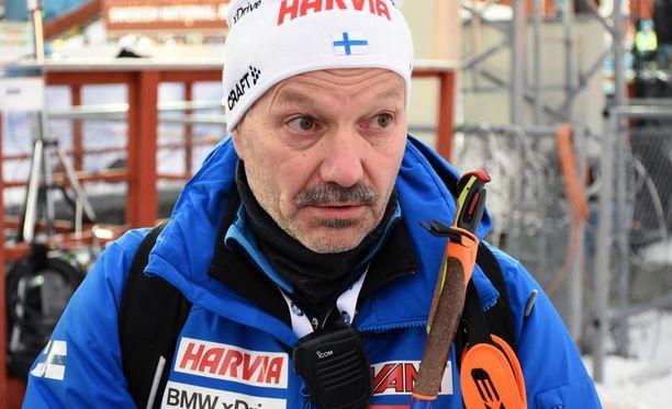 Antti Leppävuori ei ole vielä päättänyt, hakeeko jatkoa päävalmentajapestilleen.