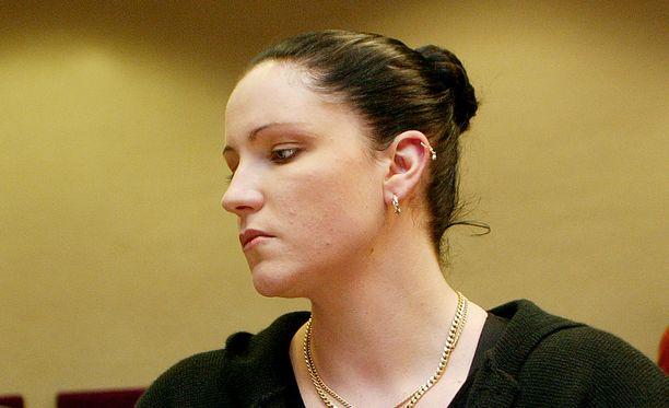 Virpi Butt, nykyiseltä nimeltään Lucrezia Francesca Pandora Butt, on tänään vapaa nainen.